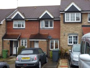 Featured To Rent Borehamwood - £311 p/w
