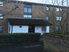 Featured To Rent Stanmore - £231 p/w