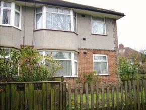 Featured To Rent Edgware - £276 p/w