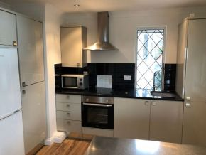 Featured To Rent Mill Hill - £334 p/w